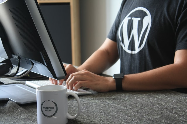 How to Install a WordPress Theme Using the Upload Method